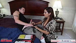 Chesty mommy Francesca Le porking a biggest snake